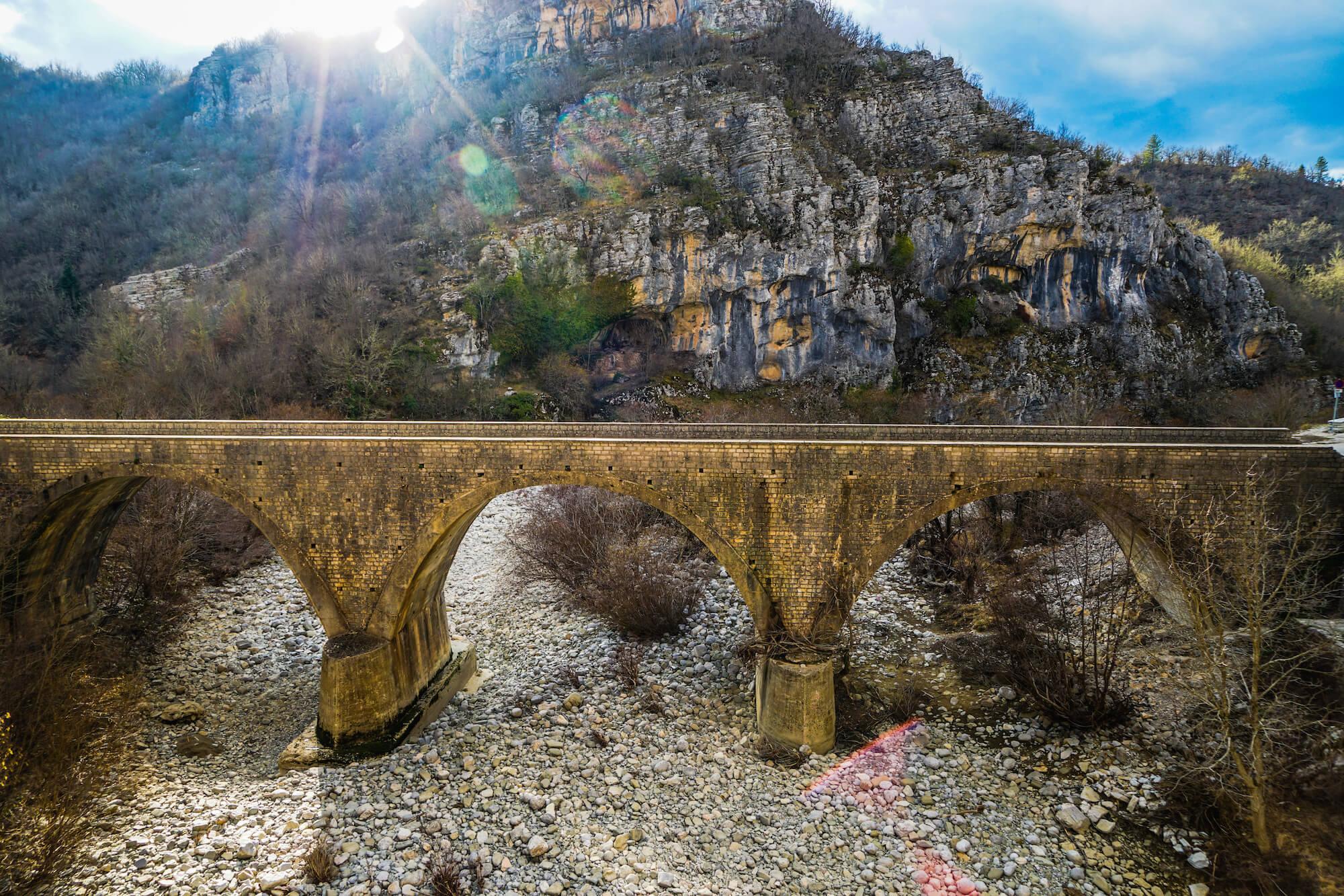 πετρινο γεφυρι ζαγοροχωρια